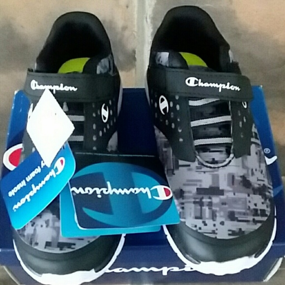759ac6a4615 Champion kids sneakers brand new in box 11W